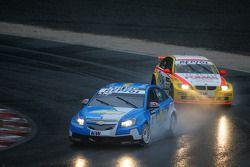 Alain Menu, Chevrolet, Chevrolet Cruze et Stefano D'Aste, Wiechers-Sport, BMW 320si