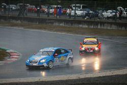 Alain Menu, Chevrolet, Chevrolet Cruze and Jordi Gene, Seat Sport, Seat Leon 2.0 TDI