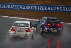 Jorg Muller, BMW Team Germany, BMW 320si and Tom Coronel, Sunred Engineering, Seat Leon 2.0 TFSI