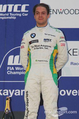 Podium: Augusto Farfus, BMW Team Germany, BMW 320si