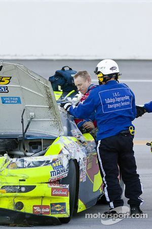 Mark Martin, Hendrick Motorsports Chevrolet climb out of his car after his crash