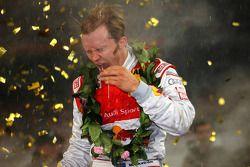 Podio: Ganador de la Carrera de Campeones Mattias Ekström