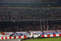 Group B, race 6: Giniel de Villiers