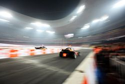 Final, carrera 1: Michael Schumacher y Jenson Button