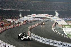 Group B, race 3: Jenson Button and Clivio Piccione