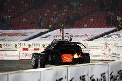 Michael Schumacher, ganador de la Copa de Naciones, celebra