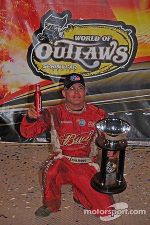 Le vainqueur final Joey Saldana