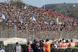 Фанаты готовы к гонке