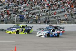 Robby Gordon, Robby Gordon Motorsports Dodge, Reed Sorenson, Richard Petty Motorsports Dodge, Martin Truex Jr., Earnhardt Ganassi Racing Chevrolet