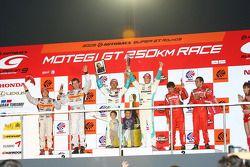 GT500 Championship podium: champions #36 Petronas Tom's SC430: Juichi Wakisaka, Andre Lotterer, seco
