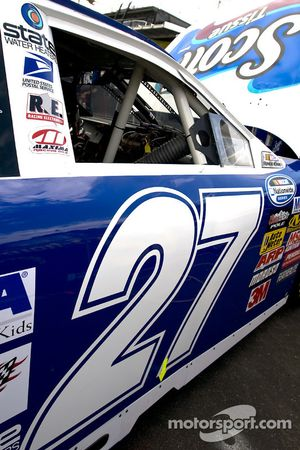Jason Keller's No. 27 Scott Tissue/Huggies Ford au garage