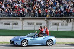 Ferrari California: Luca di Montezemolo, Felipe Massa et Fernando Alonso