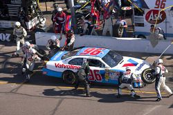 Pit stop for Erik Darnell, Hall of Fame Racing Ford