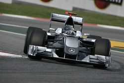 Mercedes Grand Prix Conspet Aracı: photo, Brawn GP otomobil ve computer generated Mercedes Grand Pri