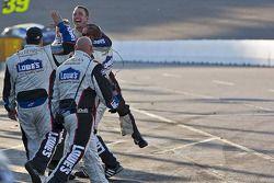 Hendrick Motorsports Chevrolet fête la victoire de Jimmie Johnson