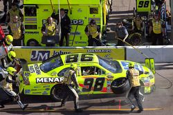 Pit stop for Paul Menard, Yates Racing Ford
