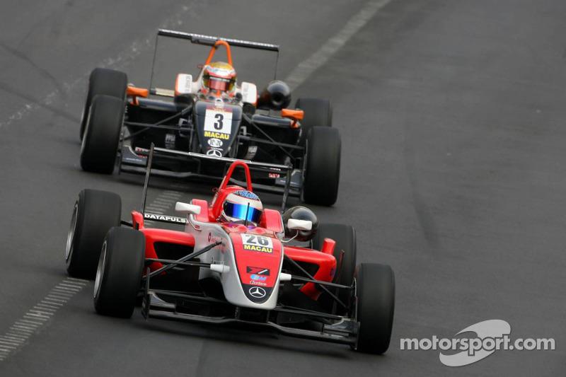 Daniel Mckenzie, Fortec Motorsport y Jules Bianchi, Art Grand Prix