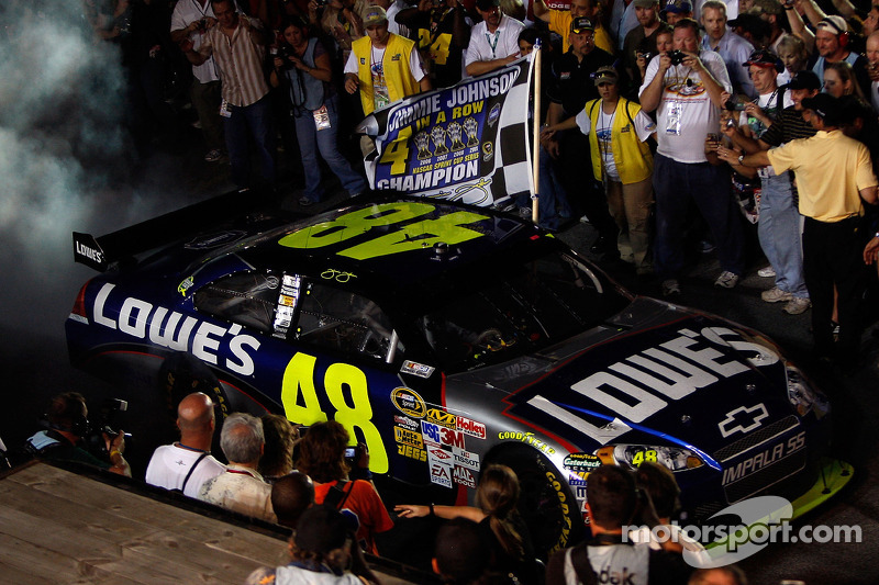 2009: Jimmie Johnson (Hendrick-Chevrolet)