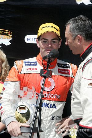 Craig Lowndes takes out the win for Team Vodafone
