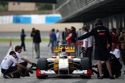 卢卡斯·迪格拉西,为雷诺车队测试