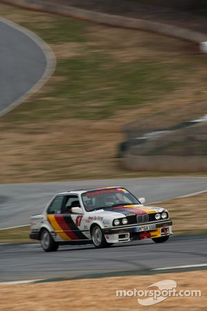 1987 BMW 325is: Tom Hall