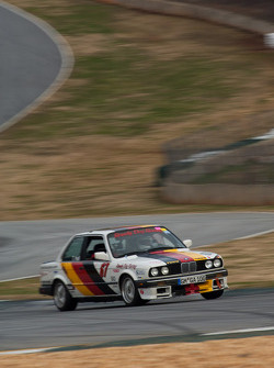 1987 BMW 325is: Tom Hall