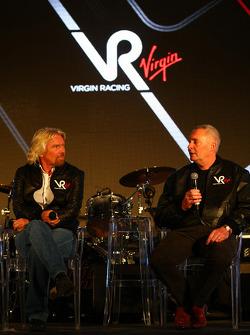 Sir Richard Branson, Yönetim Kurulu Başkanı, Virgin Group ve John Booth, Direktör