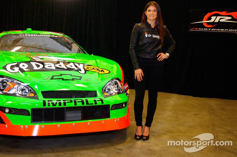 Danica Patrick und Dale Earnhardt Jr.