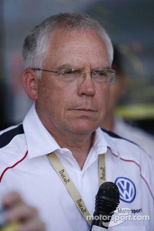 Dr. Ulrich Hackenberg