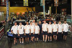 Pilotos y copilotos del Volkswagen Motorsport: Giniel de Villiers, Carlos Sainz, Nasser Al Attiyah,