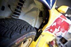 Travis Pastrana entre dans l'histoire en effectuant la plus longue distance en sautant, avec sa voiture de rallye Subaru à Long Beach
