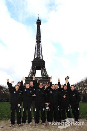 Team Casteu leaves Paris for Buenos Aires: David Casteu, Michael Pisano and Ludovic Boinnard pose wi