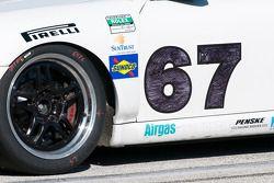 #67 TRG/ Flying Lizards Porsche GT3: Jorg Bergmeister, Patrick Long, Seth Neiman, Johannes van Overb
