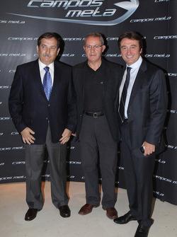 Adrian Campos posa con José Ramos Carabante