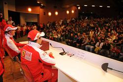Preguntas y respuestas con los aficionados: Fernando Alonso y Felipe Massa