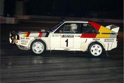 Stig Blomqvist in de Audi Quatro S1 rallywagen