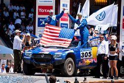 Podio de autos: tercer lugar, Mark Miller y Ralph Pitchford