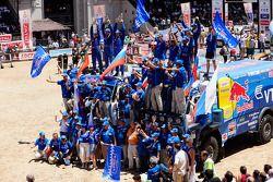 Podio de camionetas: los ganadores del Rally Dakar 2010 en la categoría de camionetas, Vladimir Chag