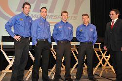 Los pilotos de Richard Petty Motorsport, Elliott Sadler, Paul Menard, Kasey Kahne y A.J. Allmendinge