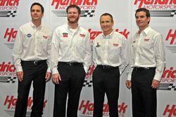 Los pilotos de HMS Jimmie Johnson, Dale Earnhardt Jr., Mark Martin y Jeff Gordon
