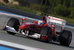 Fernando Alonso tests the 2009 Ferrari F60 with the new livery
