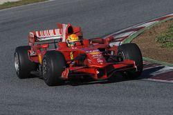 Valentino Rossi prova la Ferrari F2008