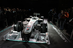 Машина команды Brawn GP 2099 года с ливреей 2010 года
