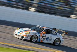 #20 Matt Connolly Motorsports Porsche GT3: Christophe Lapierre, Jos Menten, Markus Palttala, Oskar S