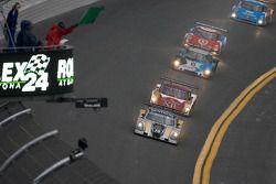Start: #10 SunTrust Racing Ford Dallara: Max Angelelli, Pedro Lamy, Ricky Taylor, Wayne Taylor leads