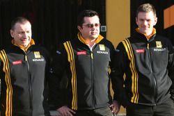 Bob Bell, Geschäftsführer; Renault-Teamchef Eric Boullier; Rob Wright, Motorenchef