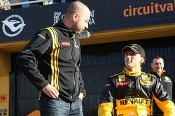 Gerard Lopez, Genii Capital; Robert Kubica, Renault F1 Team