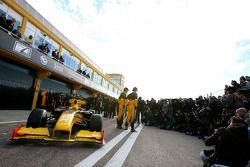 Vitaly Petrov, Renault F1 Team ve Robert Kubica, Renault F1 Team