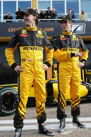 Robert Kubica, Equipo Renault F1, Vitaly Petrov, Equipo Renault F1- Lanzamiento del Equipo Renault F