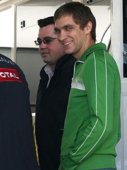 Vitaly Petrov, Test Pilotu, Renault F1 Team ve Eric Boullier, Takım Patronu, Renault F1 Team